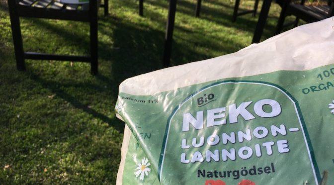 Luonnonlannoitteella potkua nurmikkoon ja kasvimaalle
